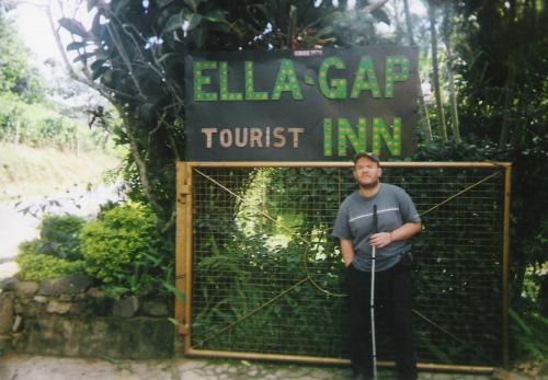 Ella-Gap Tourist Inn, November