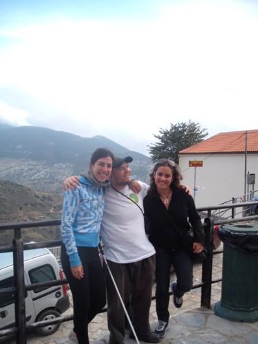Tony and two Argentinian senoritas, 7th November 2009.