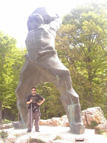 Tony in front of a monument to national hero Pitu Guli. A resistance fighter against the Ottoman Turks.