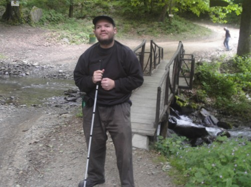 Trail leading to Smolar Waterfall.