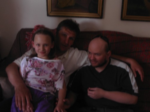 Pece's living room. Tony with Pece and his daughter Metea.