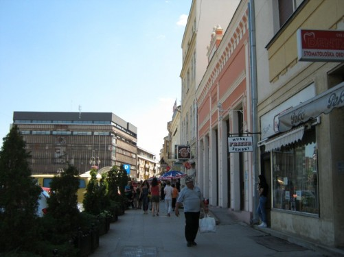 Busy street in the centre of Niš.