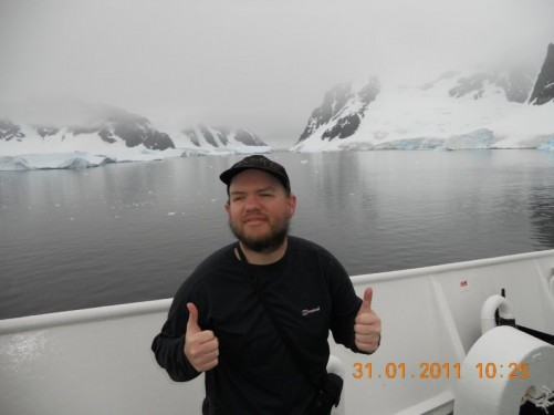 Thumbs up from Tony as the ship travels through the Errera Channel.