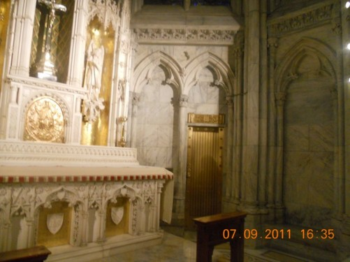 An altar, St. Patrick's Roman Catholic Cathedral.