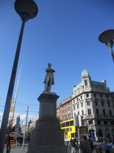 Large statue of William Smith O'Brian, designed by Thomas Farrell, located on the central median in O'Connell Street.