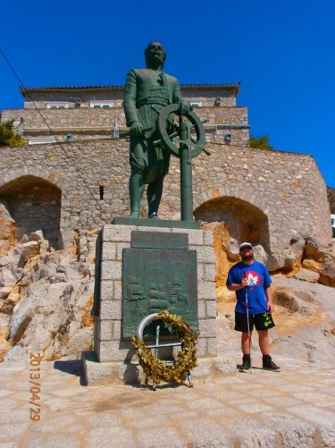 Tony next to a statue of Andreas Miaoulis, an admiral during the Greek War of Independence (1821-1830).
