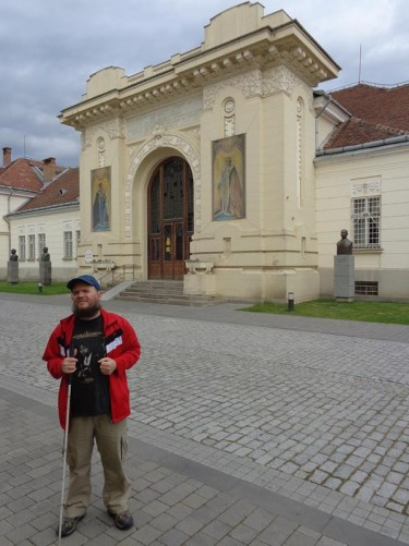 Tony outside the grand entrance to the Union Hall (Sala Unirii). This is where the act of unification between Transylvania and Romania's two other provinces (Wallachia and Moldova) was signed on December 1, 1918. The building is a national monument and today part of the National Museum of the Union.