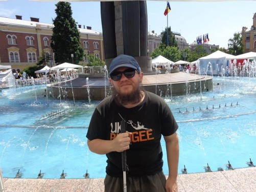 Tony in front of the fountain.