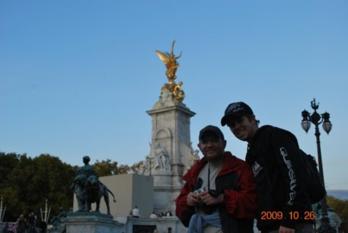 Tony and Chris near the Victoria Memorial in front of Buckingham Palace