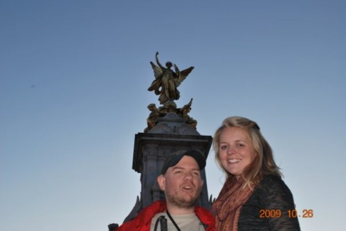 Tony and Ciara, near the Victoria Memorial