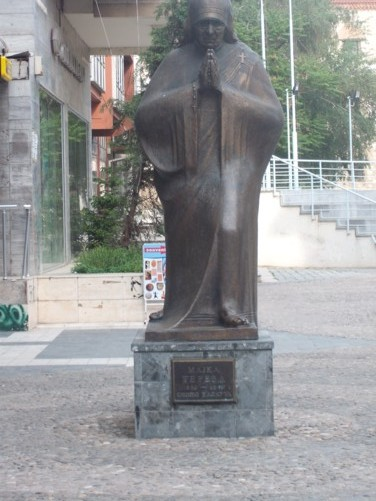 Statue of Mother Teresa.