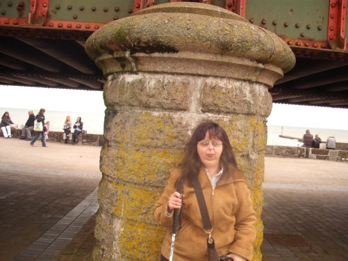 Tatiana, railway bridge, Dawlish, Devon. 2nd April 2010.