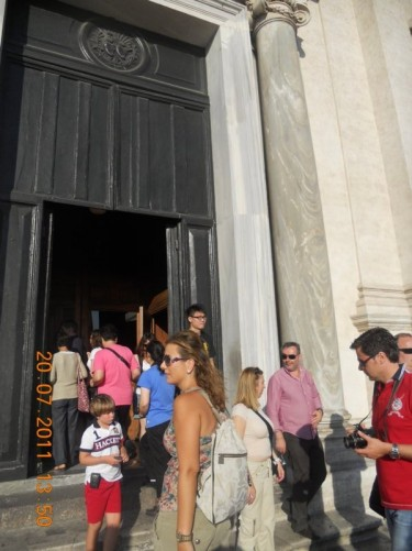 Doorway into Trinità dei Monti church.