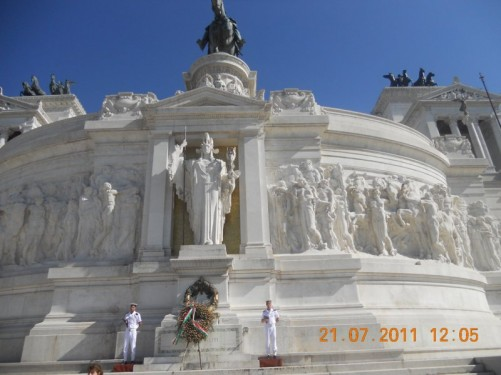 Sentries of honour at the Victor Emmanuel II Monument.