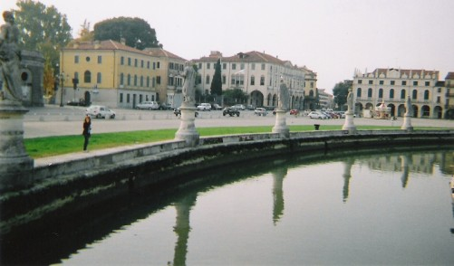 Canal on the edge of Prato della Valle.