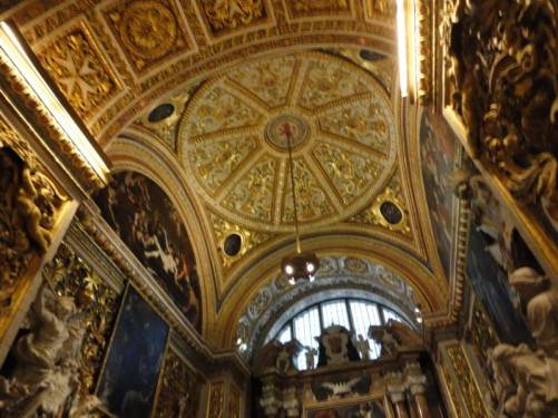The ceiling of the Chapel of the Langue of Aragon, again elaborately decorated.