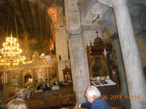 Looking towards the main altar. Church of Panagia Ekatontapiliani.