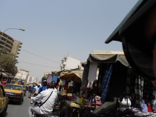 A road busy with people at Sandaga market.