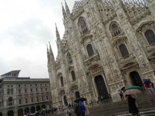 The façade of the Duomo di Milano.