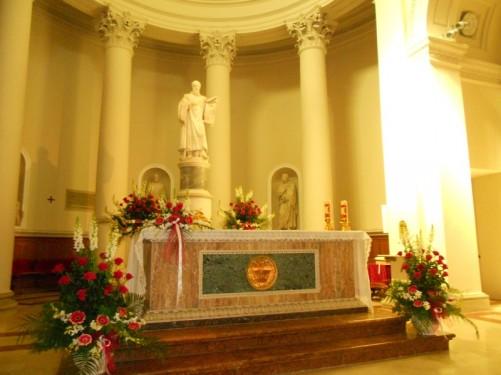 The altar. Basilica di San Marino.