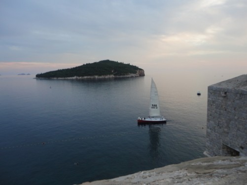 A sailing boat passing by below. Lokrum island again visible in the distance.