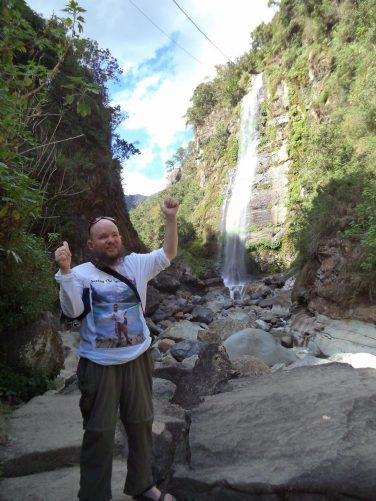 Tony thumbs up at Bomod-Ok Falls.