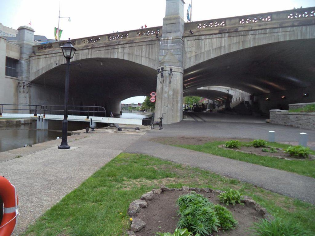 A road bridge over the Rideau Canal.