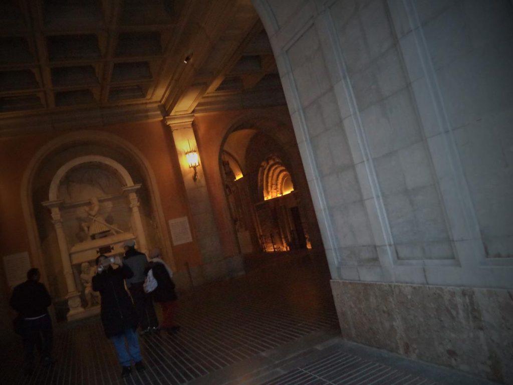 View on entering the basilica with a tomb just visible in front. The tomb belongs to Juan de Aragón y de Jonqueras, 2nd Count of Ribagorza (1457 to 1528). He was a Viceroy of Naples (1507–1509).