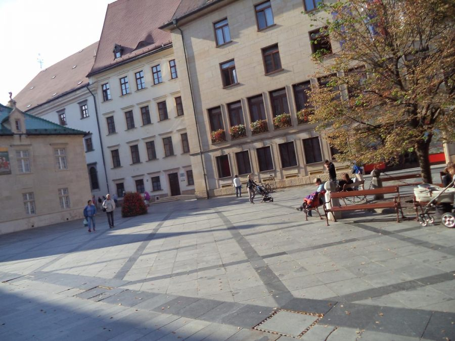 Another view of Primate's Square. A linden tree can be seen in the centre, which was planted in 1896, marking the 1000th anniversary of the founding of the Hungarian state of which Slovakia was then part.