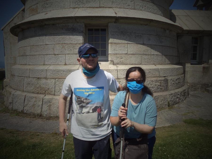 Again Tony and Tatiana at the base of the lighthouse.